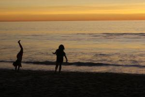 CA-Beach-Sunset-KidsPlaying-2013_zpsde023c04